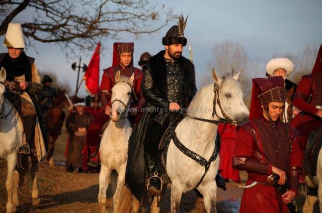 Polémica en Turquía por telenovela sobre el sultán Suleimán Magnificent-century-2