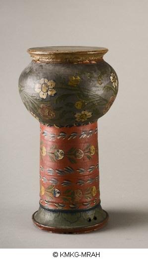Darabukka argelina de cerámica de 1883.