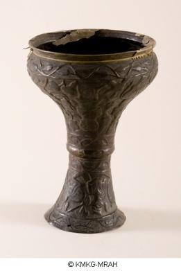 Darabukka iraní de cobre de 1913